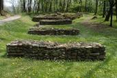 Le pile su cui poggiava il ponte per accedere al castrum